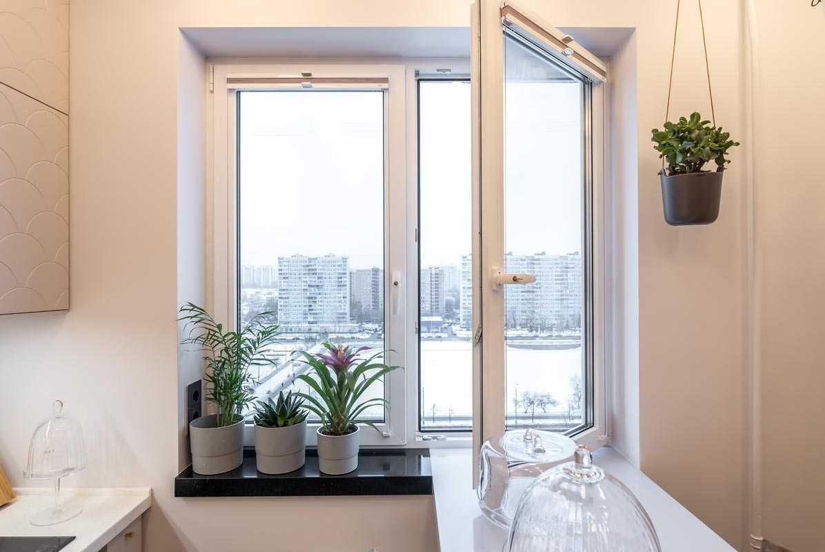 Прочитайте в статье полезную информацию какие пластиковые окна ставить в квартиру и дом Вы узнаете какой фирме лучше отдать предпочтение
