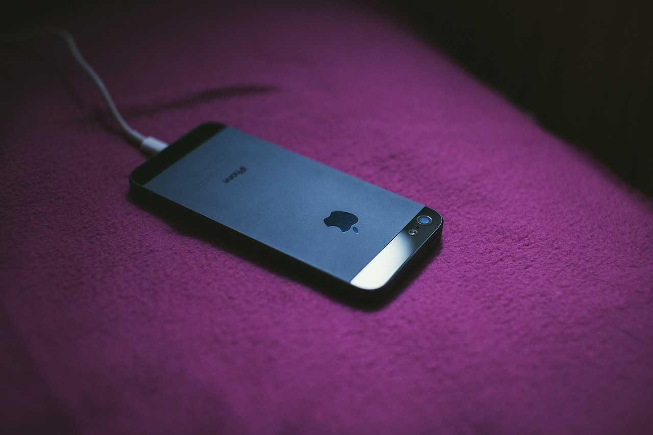 Быстрая зарядка для iphone: какие модели поддерживаются и какое зарядное нужно купить | новости apple. все о mac, iphone, ipad, ios, macos и apple tv